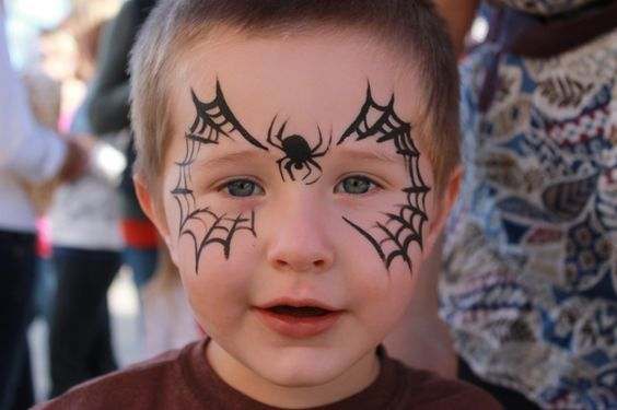 maquillaje-halloween-nino-media-cara-arana