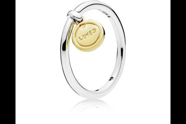 catalogo-pandora-anillo-shine-medalla-de-amor