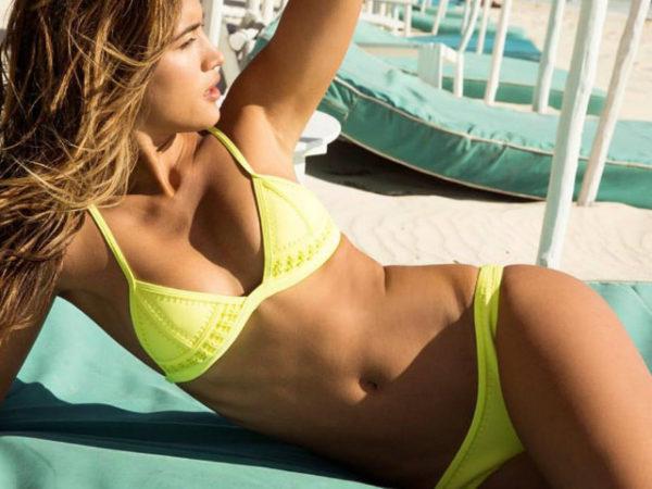 bikinis-triangl-2016-amarillo-liso