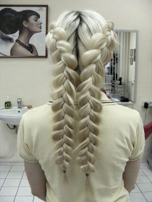 peinados-con-trenzas-mucho-volumen