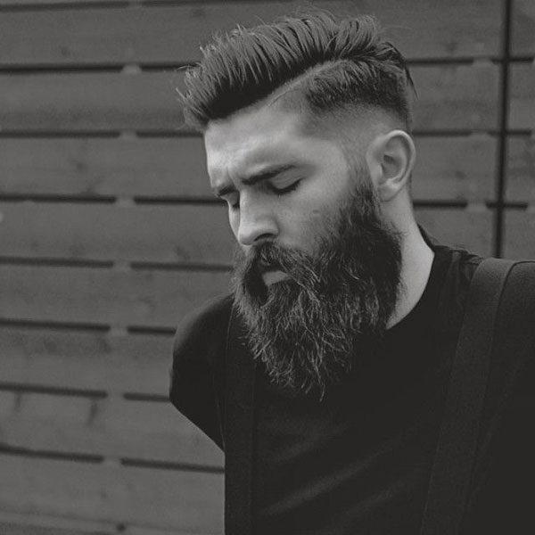 peinados-hombre-pelo-corto-undercut-hipster-a