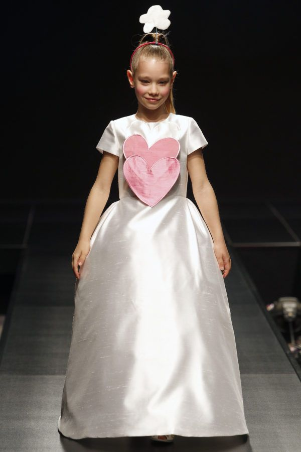 vestidos-de-comunion-diferentes-agatha-2