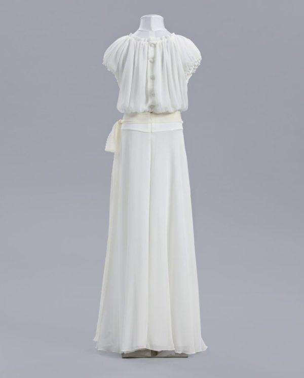 vestidos-de-comunion-el-corte-ingles-crisantemo-espalda-1