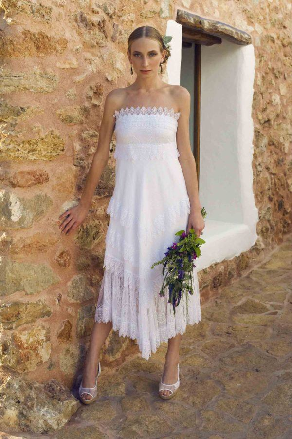 vestidos-de-novia-ibicencos-corto-vestido-puntilla