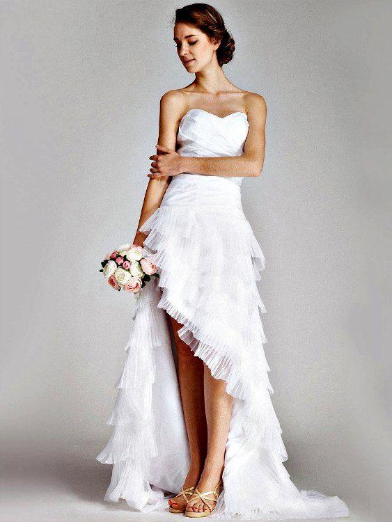 vestidos-de-novia-para-boda-civil-corto-asimetrico-volantes