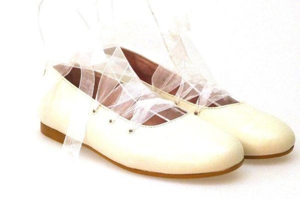 vestidos-de-comunion-rosa-clara-complementos-zapatos-4