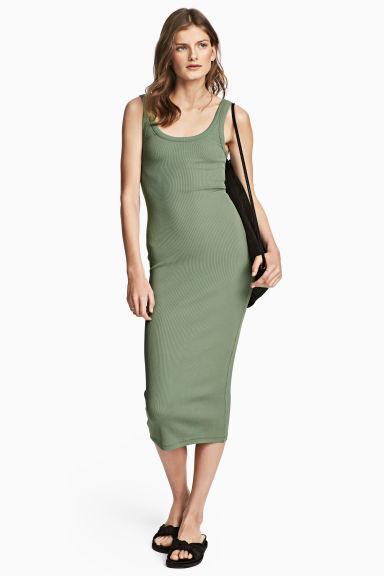 vestidos-verdes-largo-punto-canale-hm