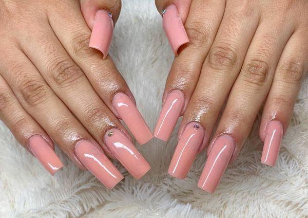 unas-decoradas-rosa-claro-perla-acrilicas-instagram