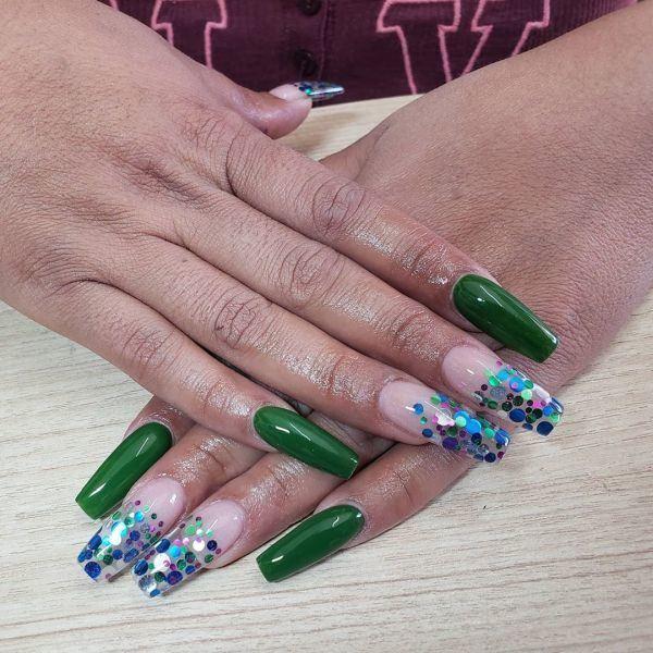 unas-decoradas-verdes-adorno-instagram