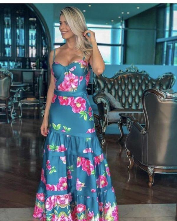 vestidos-de-comunion-para-madres-flores-instagram