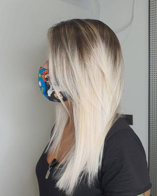 Degradado con pelo tono blanco