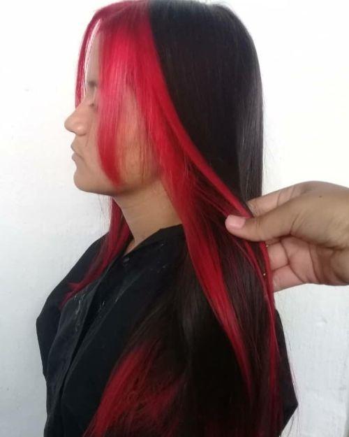 Mujer flquillo rojo