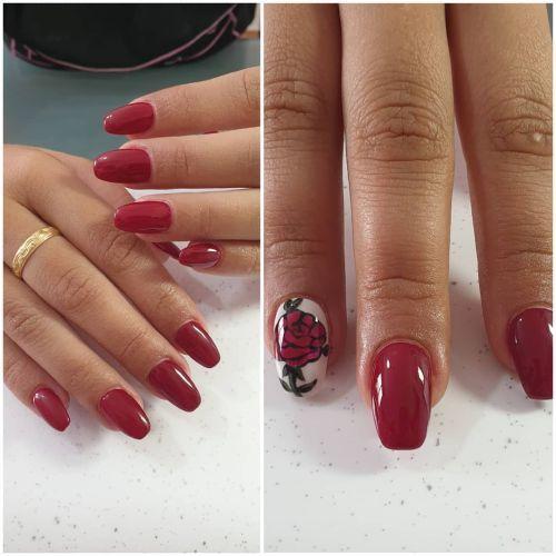 Uñas rojas con rosa