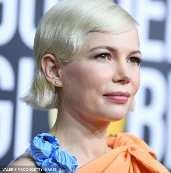 Cortes de pelo para pelo blanco media melena ondas michelle williams
