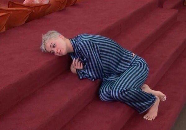 Katy Perry pixie con los laterales rapados