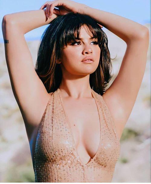 Selena Gómez flequillo