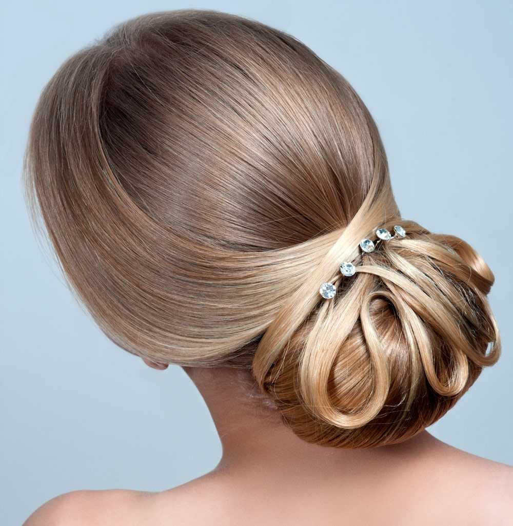 Peinados de novia con pelo liso