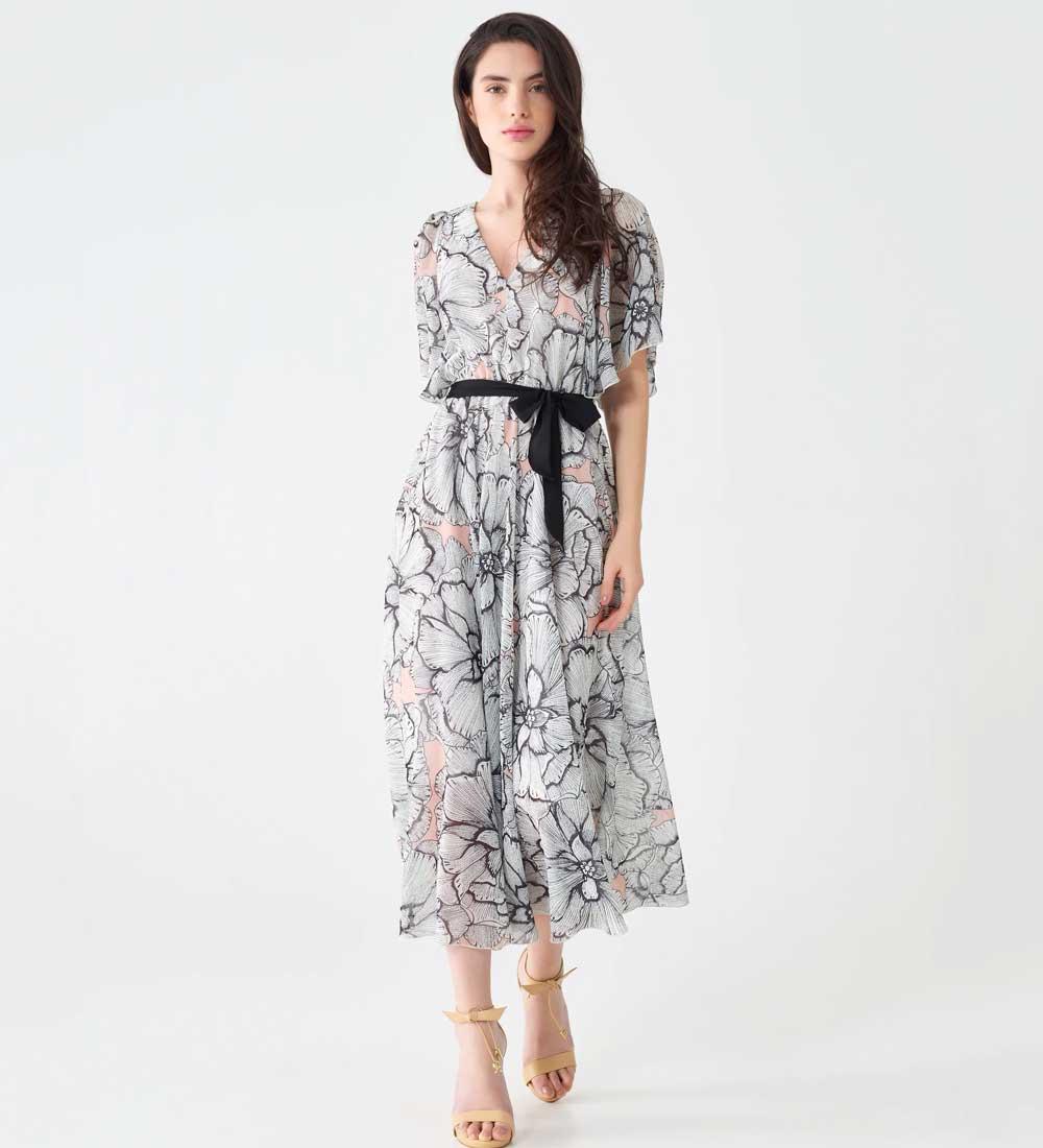 vestido midi con estampado de flores