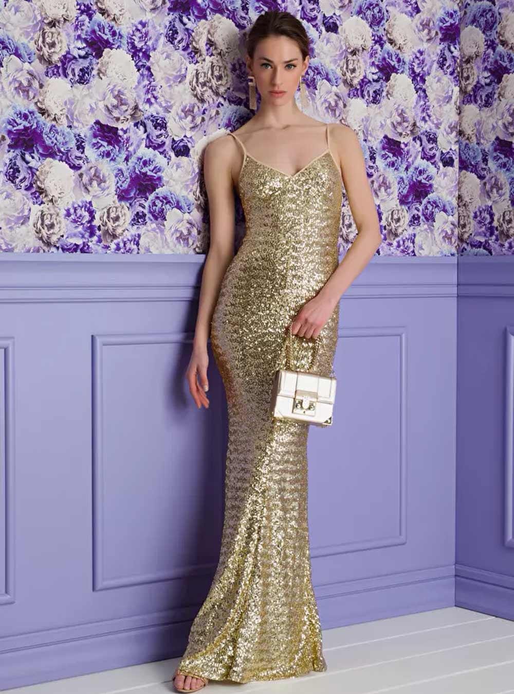 vestido de sirena con lentejuelas doradas
