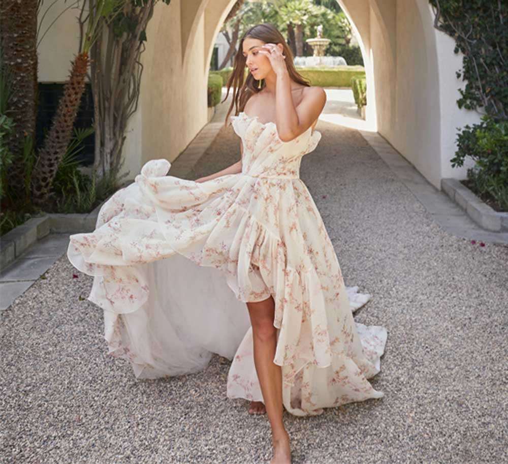 vestido de novia corto de flores