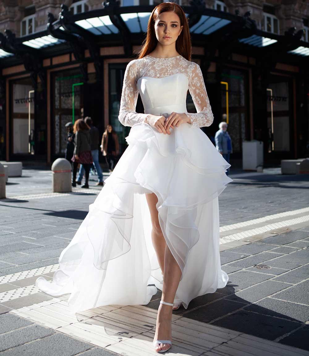vestido de novia con falda de volantes