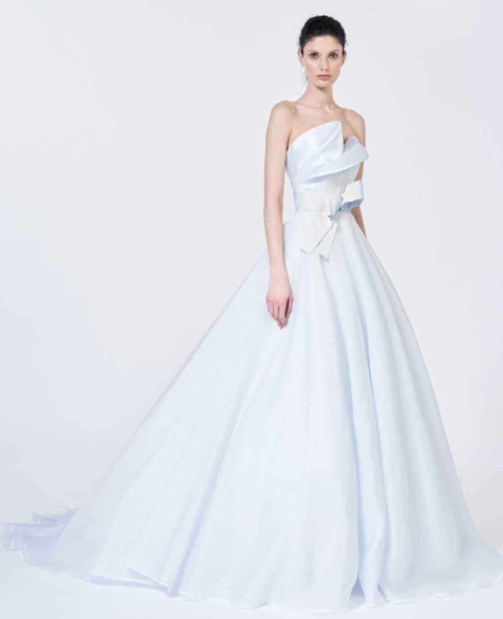 vestido de novia de color Antonio Riva