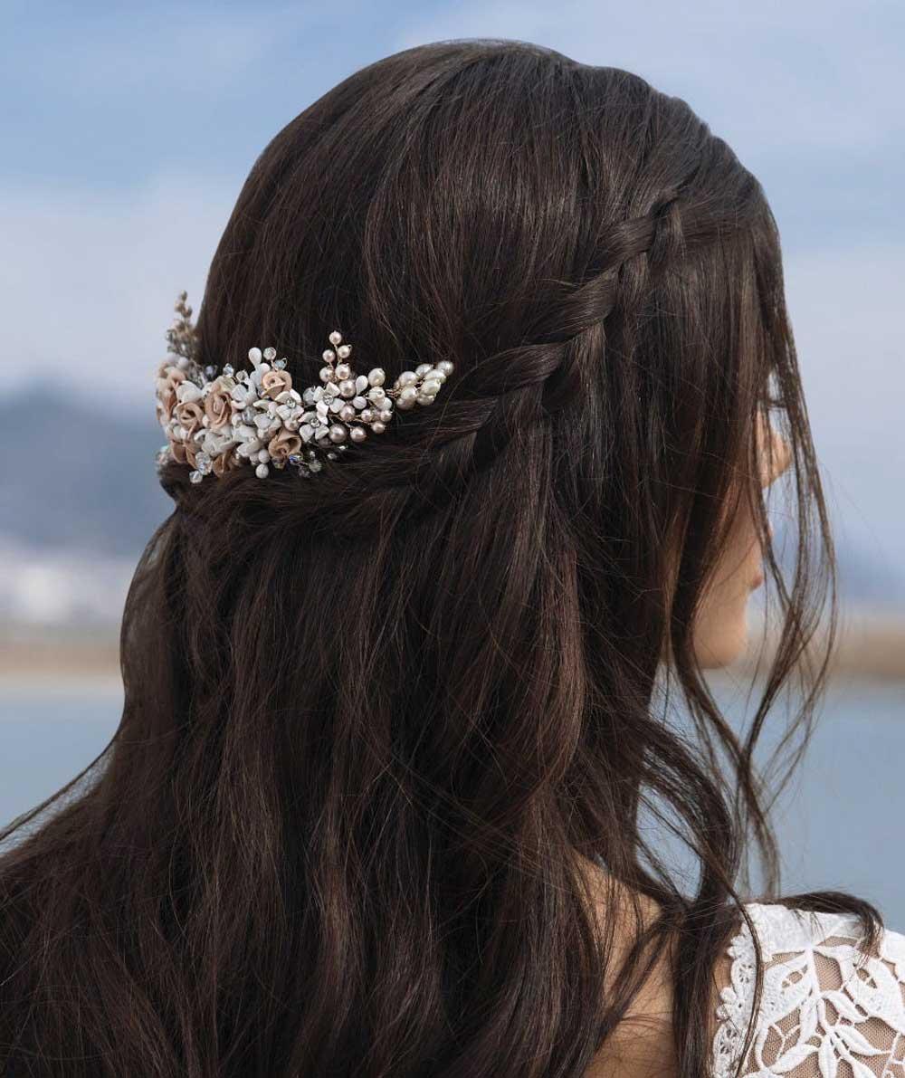 broche de perla para novias