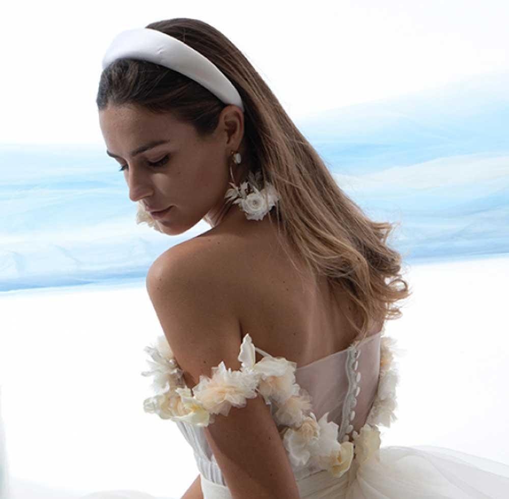 diadema de novia blanca
