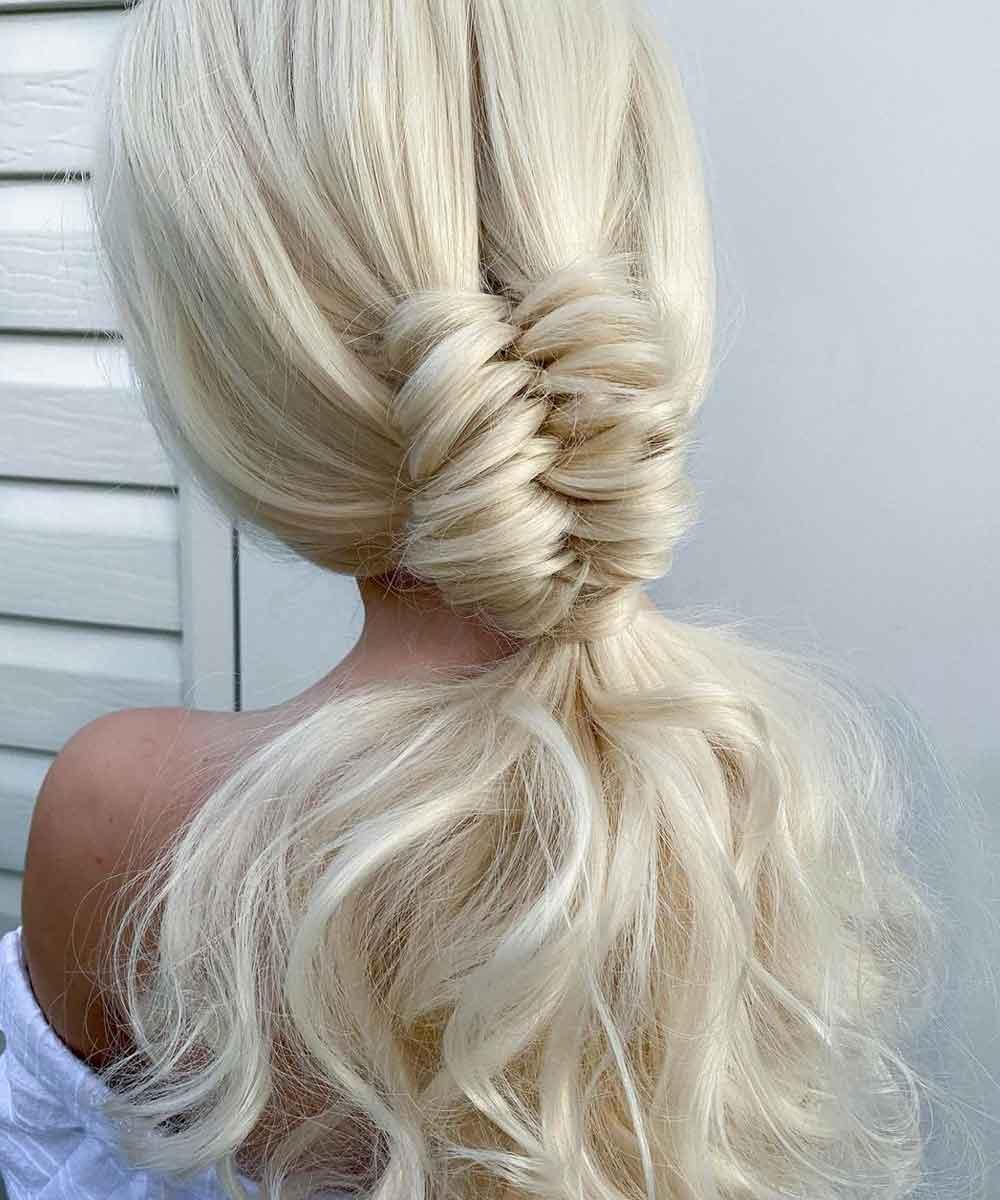 Peinados de pelo largo trenza particular