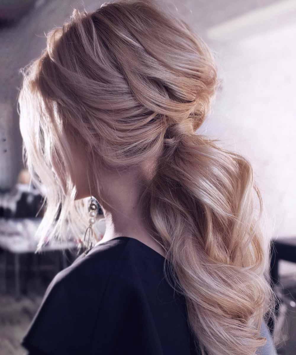 Peinado con cola baja