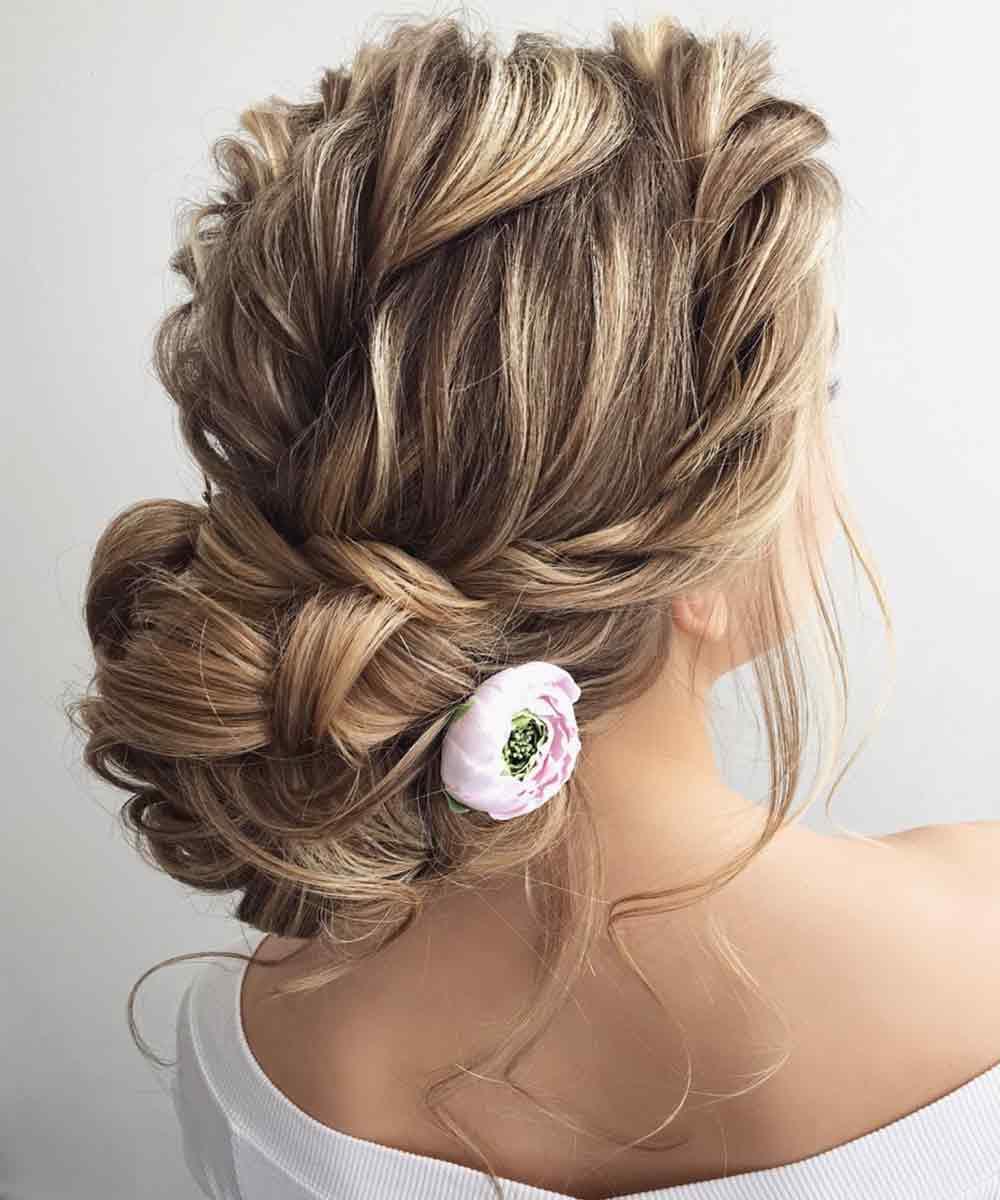 Peinado pelo largo ondulado