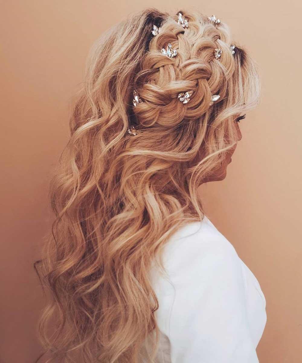 Peinado pelo largo y rizado