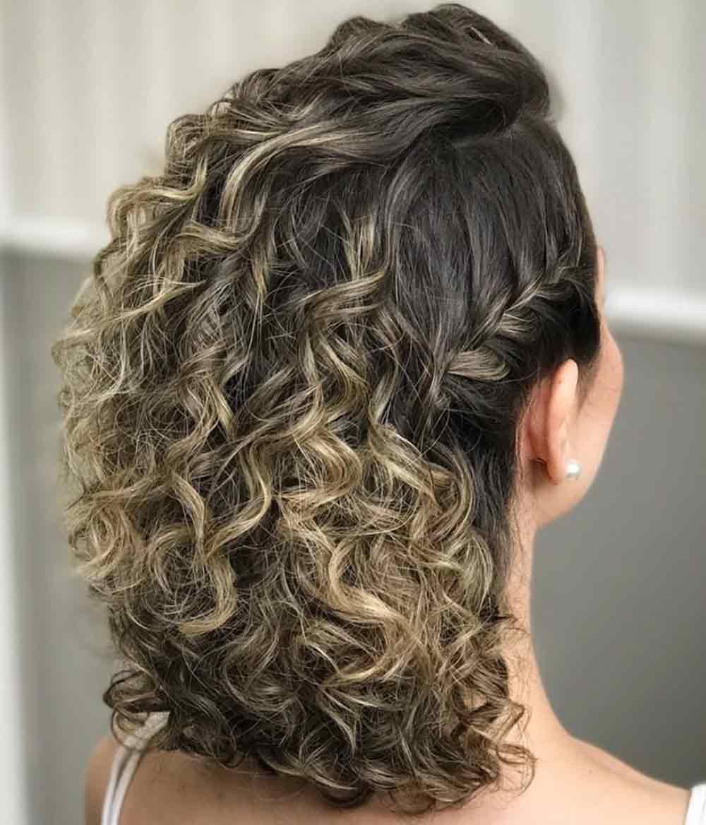 Peinados para pelo rizado corto