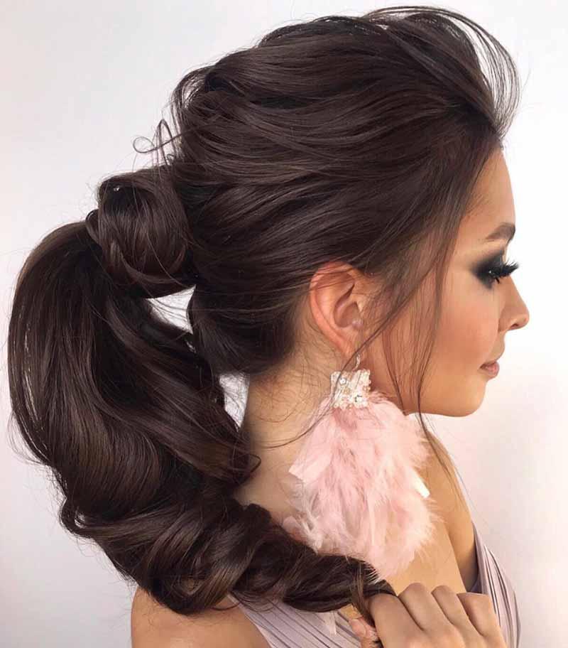 Peinados cola de boda invitados