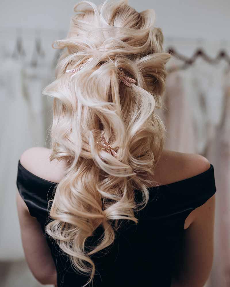 Peinados de boda semicolores
