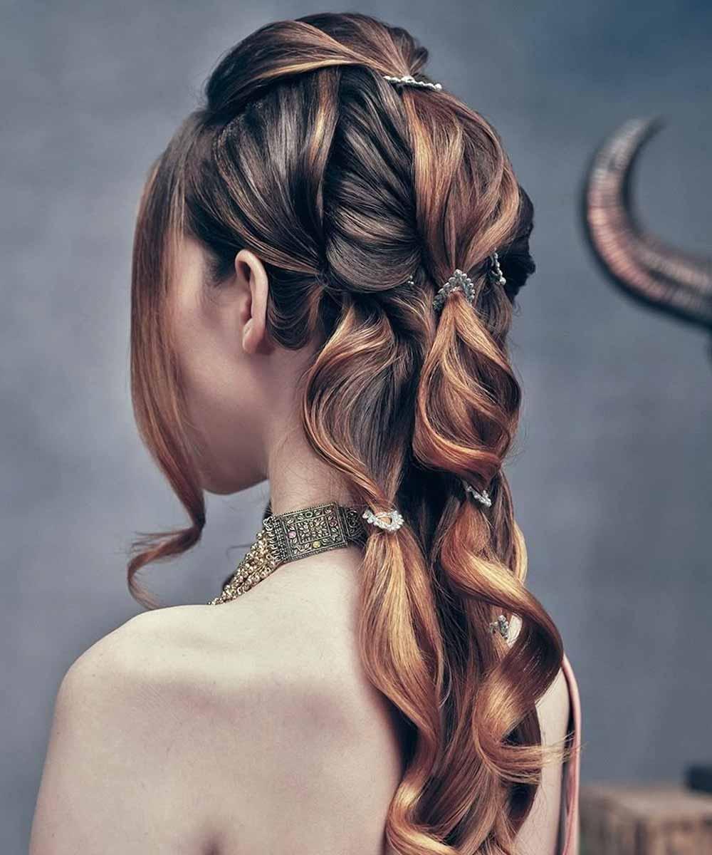 Peinados con media trenza primavera verano 2021