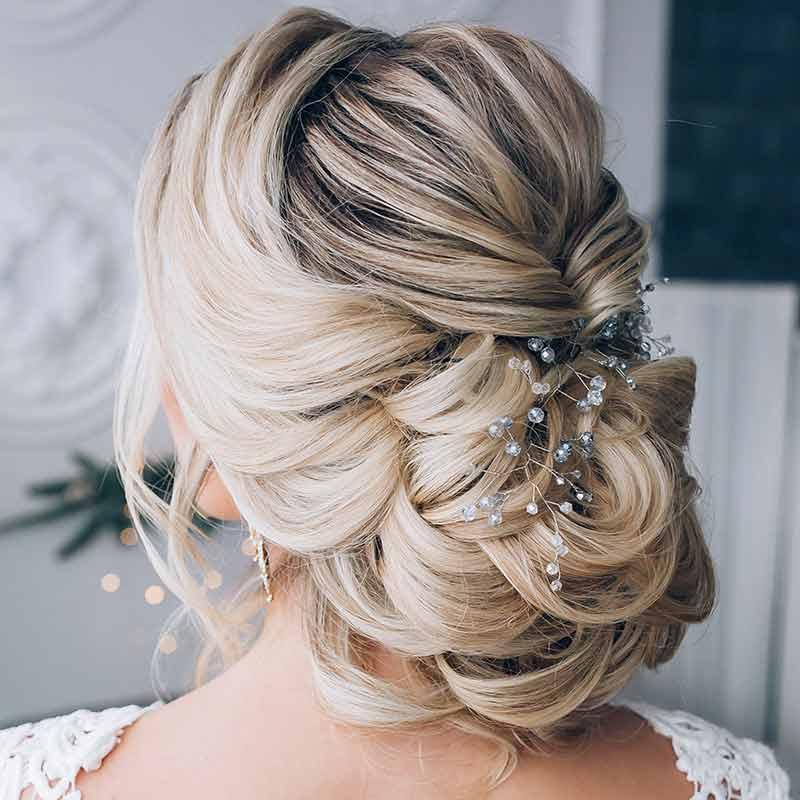 Peinado de novia con corte bajo suave