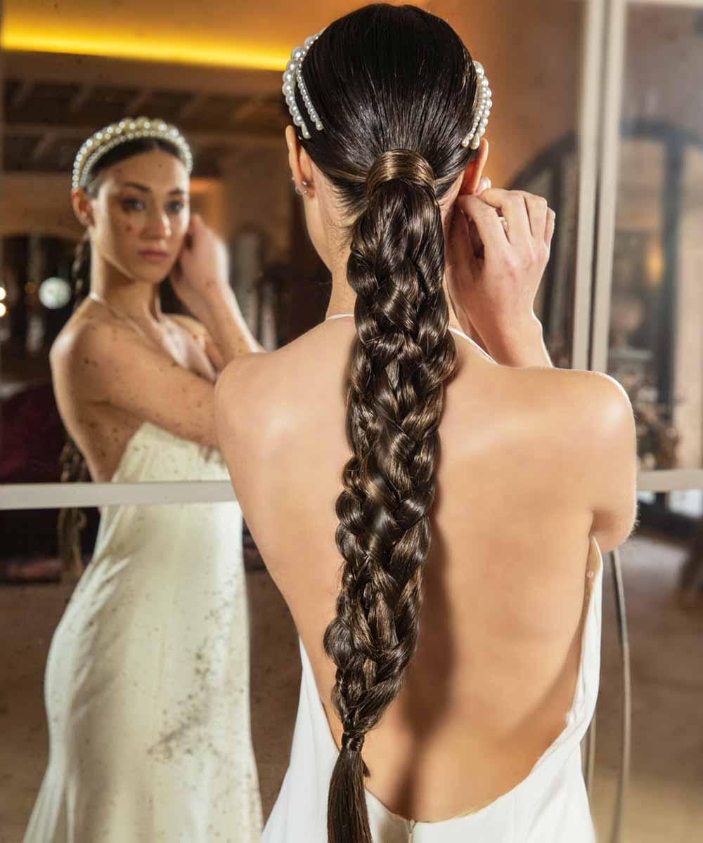 Peinados de trenzas de novia pelo largo