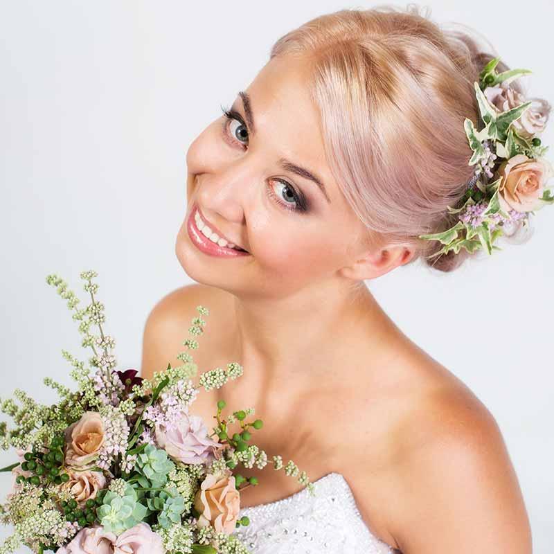 Peinados de novia ramo de flores