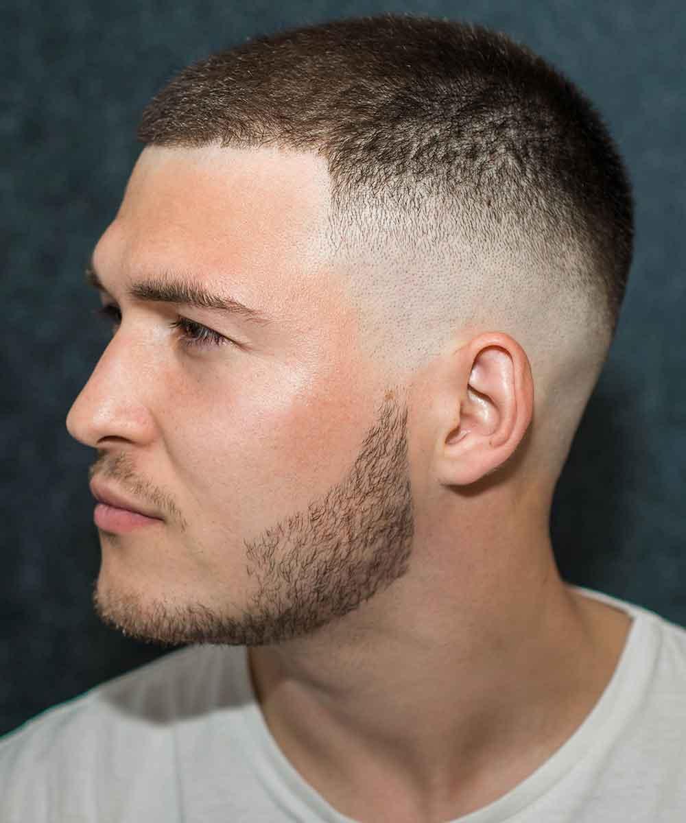 Hombre de pelo afeitado