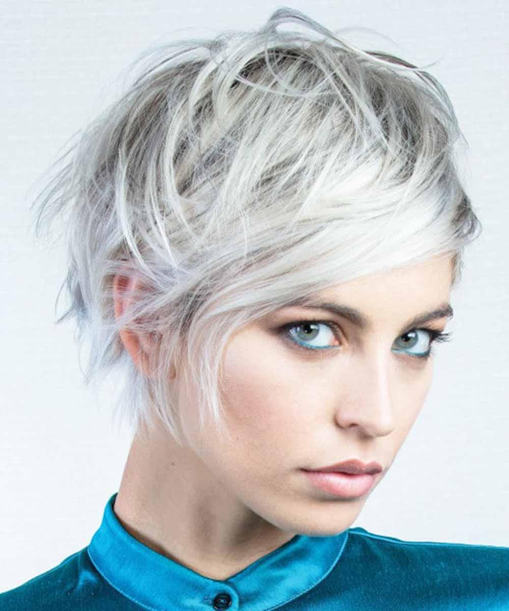 Muestras de cabello rubio platino