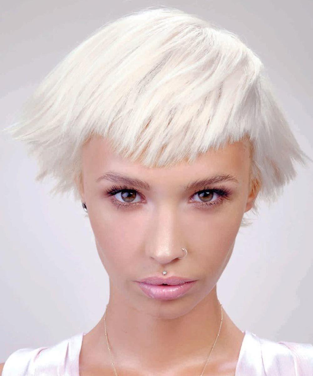Color de pelo blanco perla 2021