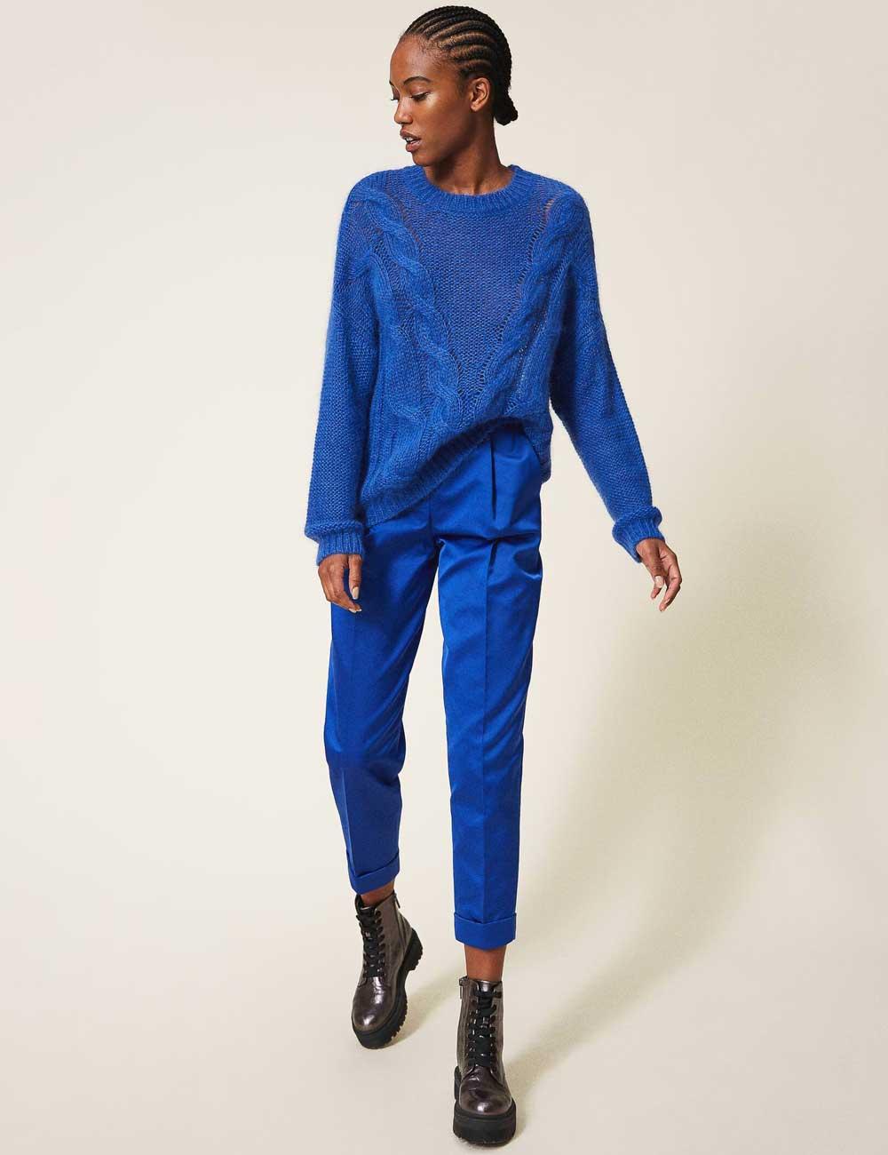 Color de moda azulado 2021