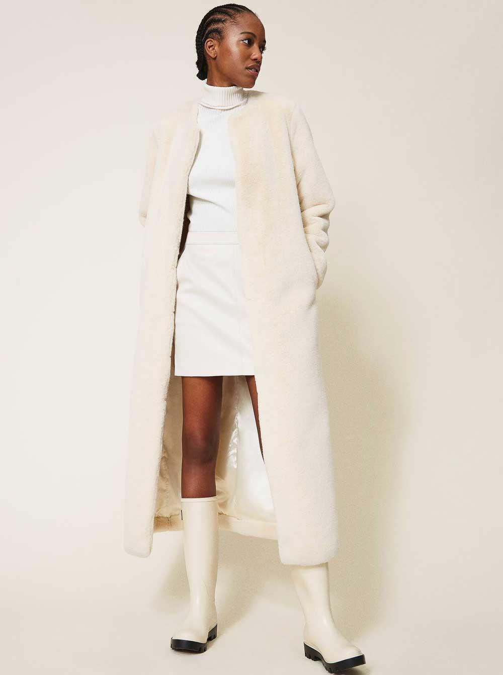 Colores de moda en blanco y negro invierno 2021
