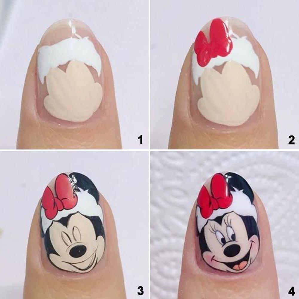 Sencillo arte de uñas navideño de Disney