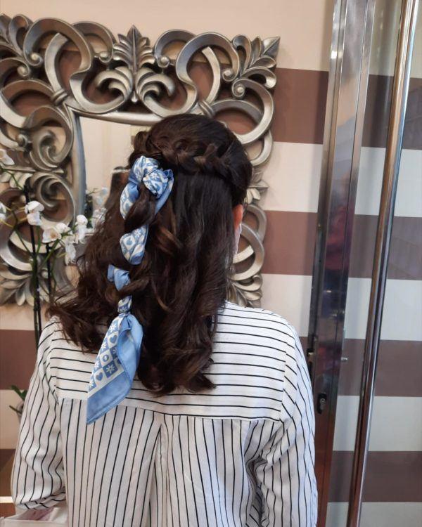 Peinados de moda en tik tok trenza con pañuelo