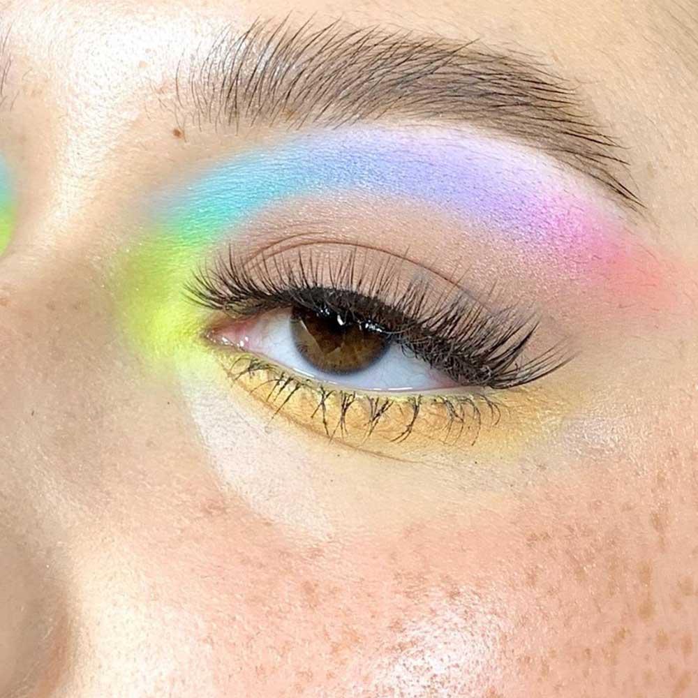 Maquillaje arco iris neón