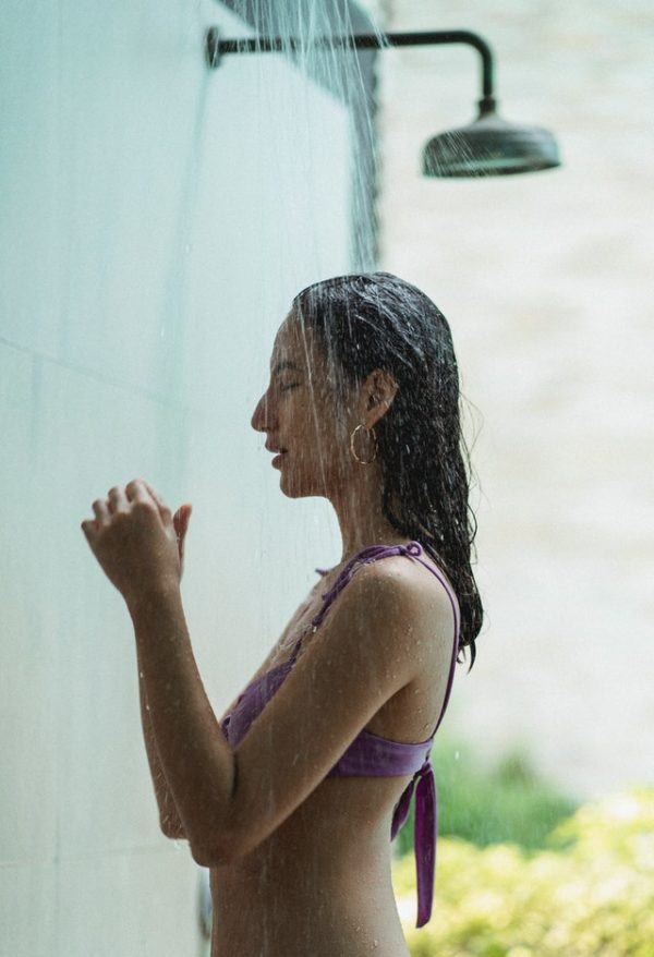 ¿Qué es un acondicionador de pelo? Cómo se usa, cuáles son los mejores y los tipos ducha