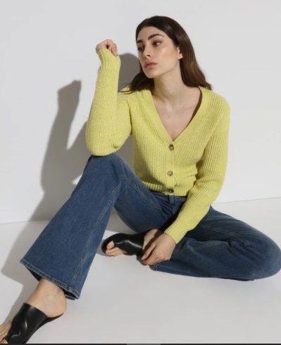 Chaqueta de mujer en amarillo