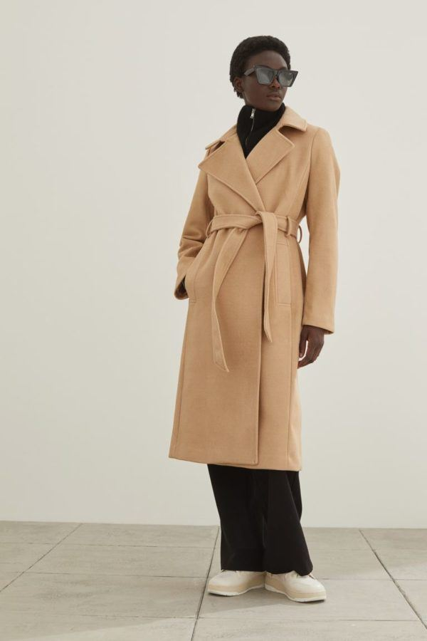 Catalogo hym otoño invierno 2021 2022 abrigo rodilla